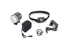 XLC CL-F15 3000 Lumens Light 2018